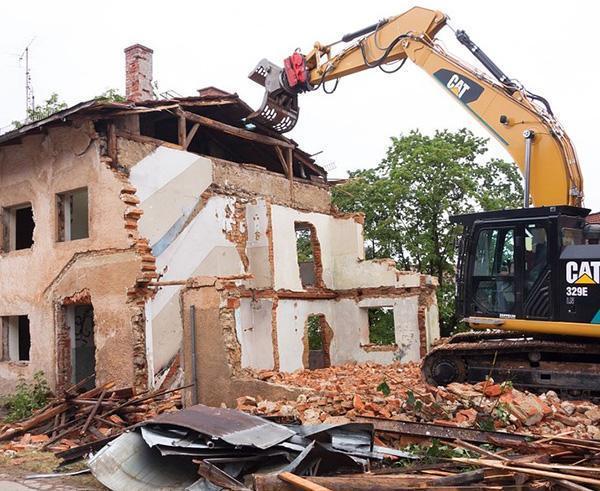 demolizioni e smontaggi industriali